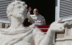 Pope supports pro-life movement, sets day of prayer for peace in Africa