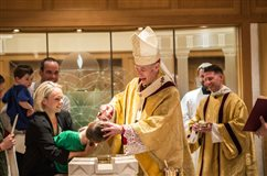 Archdiocesan Catholics touch the greatest story