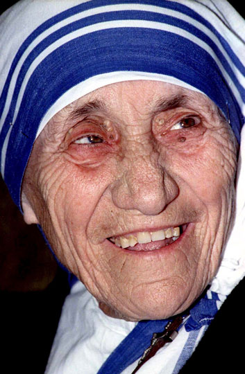 Pope Francis has approved a miracle attributed to the intercession of Blessed Teresa of Kolkata, thus paving the way for her canonization. Blessed Teresa is pictured in a 1995 photo.